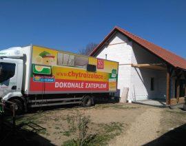 Podařená realizace zateplení stříkanou izolace Icynene v Hradišti