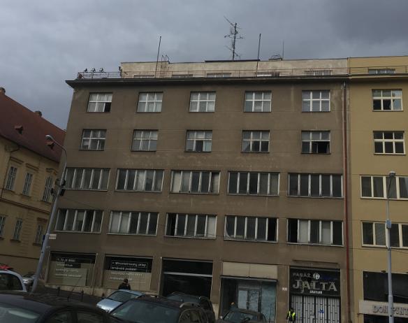 PREMIERE PROPERTIES AKCE PALÁC JALTA BRNA – zateplení stropů posledního NP