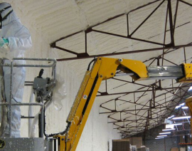 Une mousse expansée sans COV pour isoler un bâtiment industriel