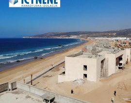 Ocieplanie pianką 52 willi w Maroko